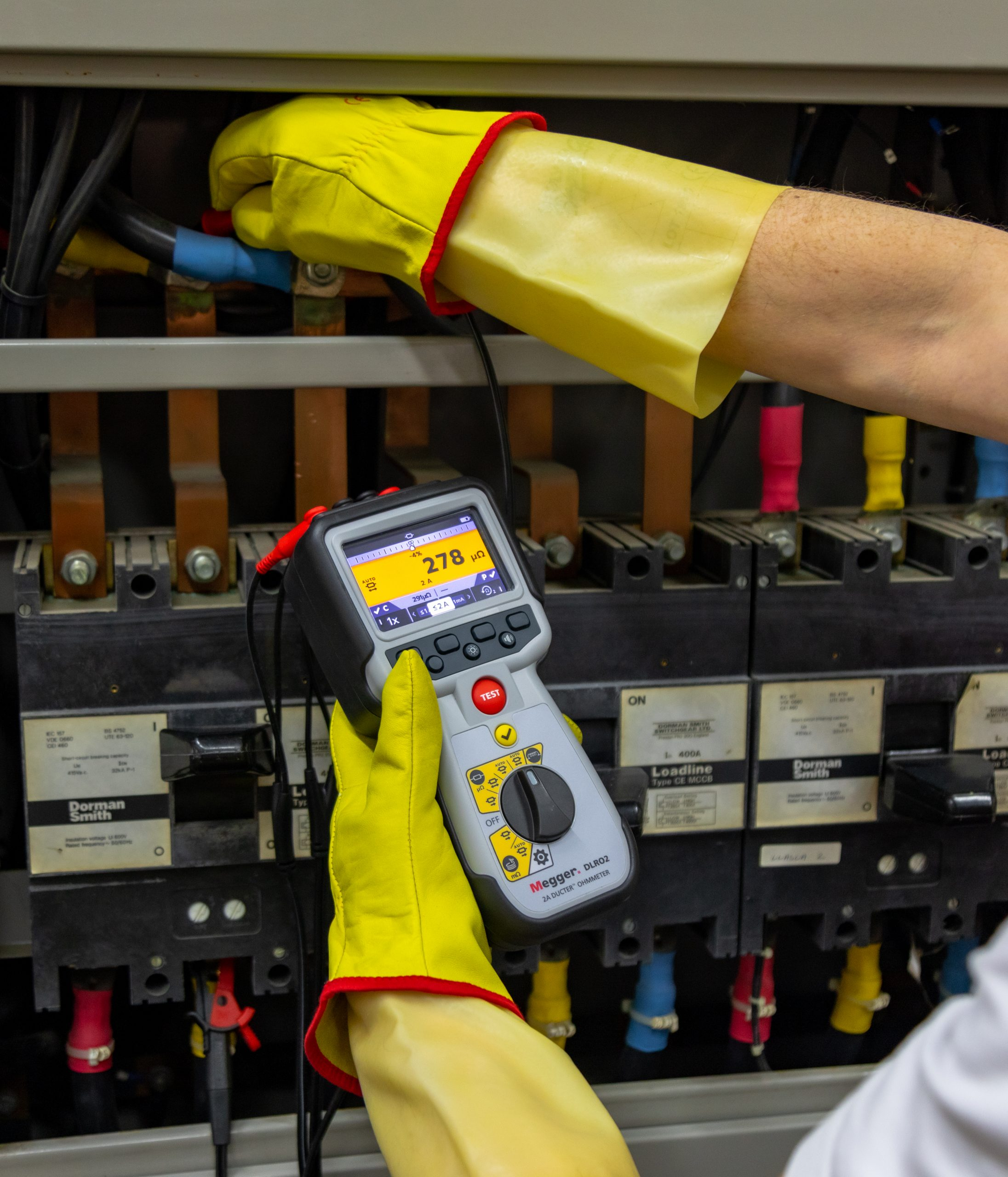 Low Current Ohmmeters Yield Windfall of Features