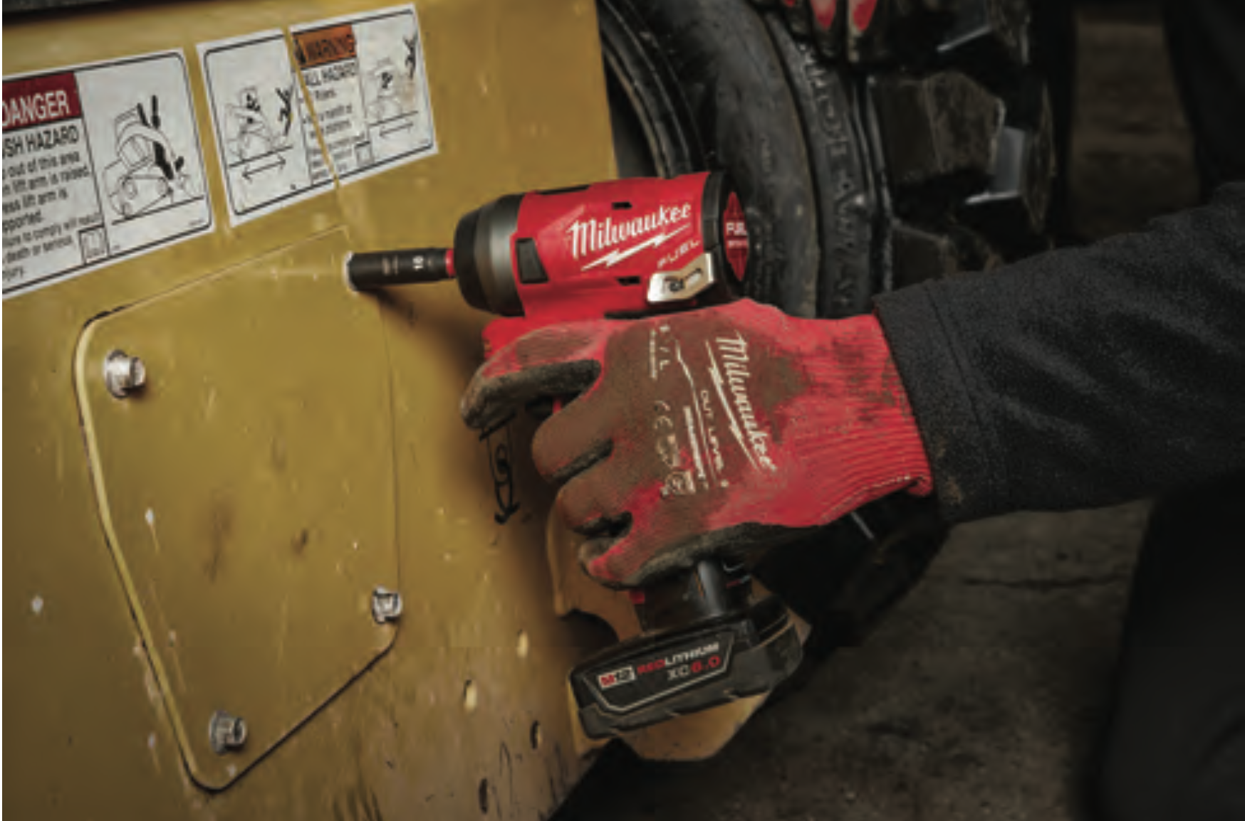 Milwaukee® Delivers the Boldest, Longest Lasting Markings with New SHOCKWAVE™ IMPACT DUTY™ 6 Point Sockets